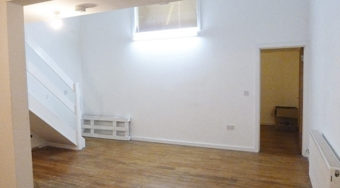 Artist studio / loft style studio available to rent in converted warehouse in Erith - T2&3
