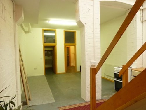 Live work units to rent in Victorian warehouse in London, with 2 rooms, mezzanine floor and open area