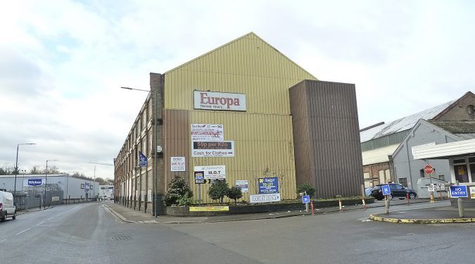 Eirth DA8 / Europa Trading Estate, Fraser Rd, Erith DA8 1QL