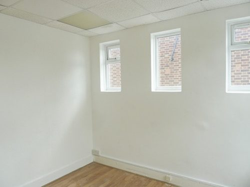 WORK ONLY: 120 sq ft office / studio space to rent in Enfield EN3
