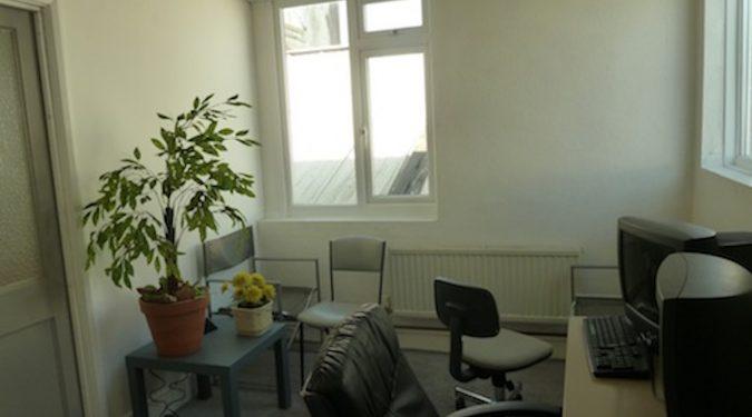WORK ONLY: 100 sq ft office / studio to rent in Enfield EN3