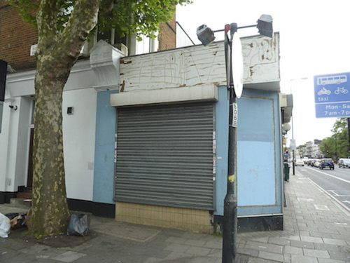 Split level Shop space to rent with ground and basement floors in Holloway N7