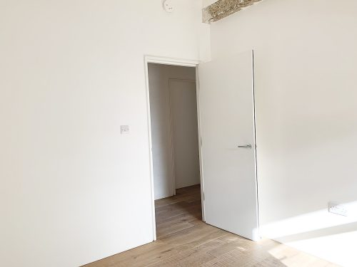Room 2 – Live work style warehouse apartment to rent in SE13 Lewisham Old road