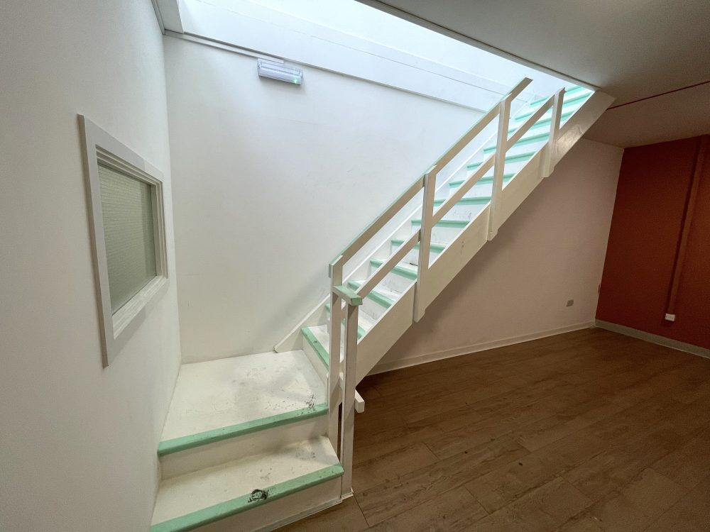 Mezzanine Studio Available to rent in N17 Mill Mead Road Pic12