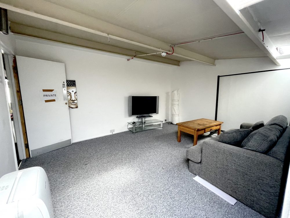 1st Flr Creative Studio Available To rent in E3 Hackney Wick Autmn Street Pic4