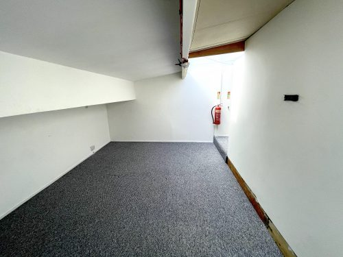 1st Flr Creative Studio Available To rent in E3 Hackney Wick Autmn Street Pic6