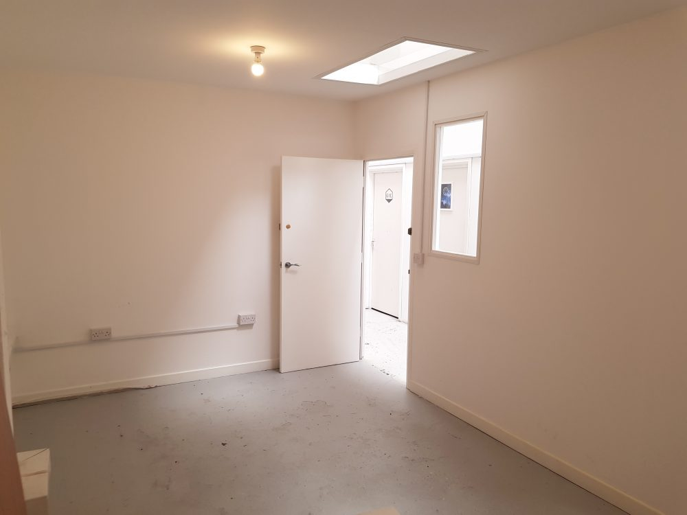 Art studio to rent in E9 Homerton25