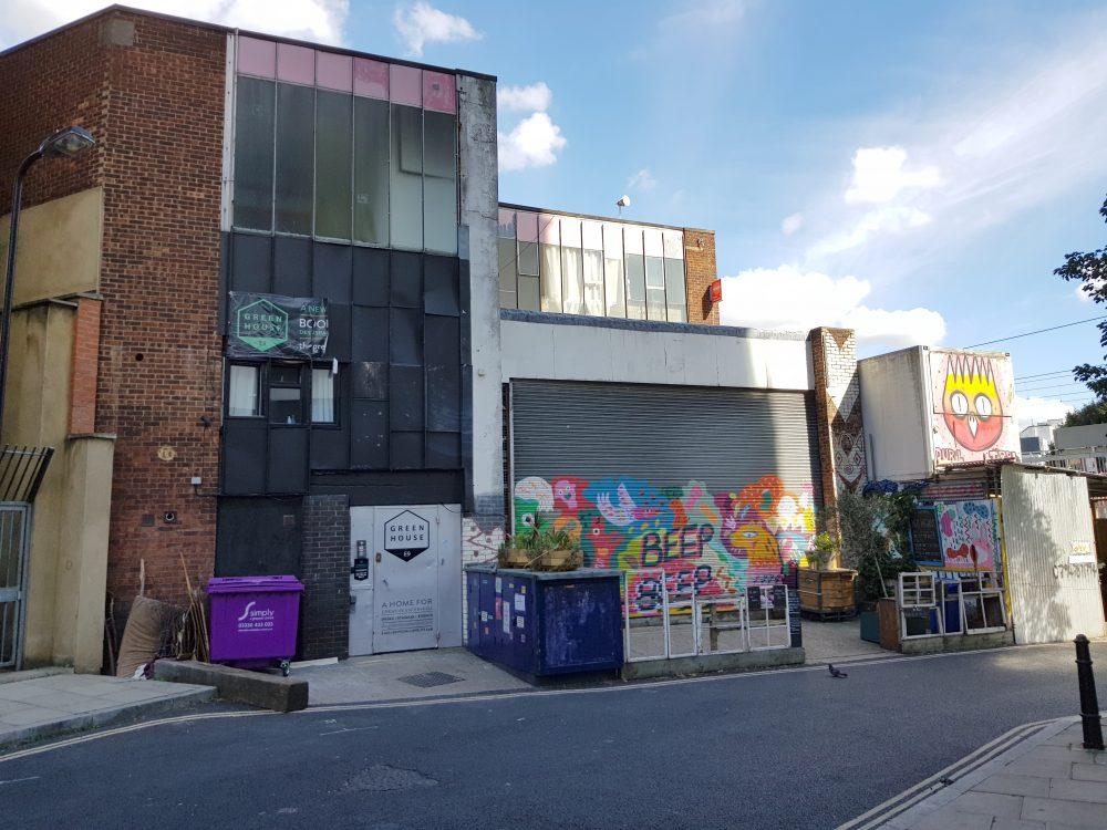 Art studio to rent in E9 Homerton32