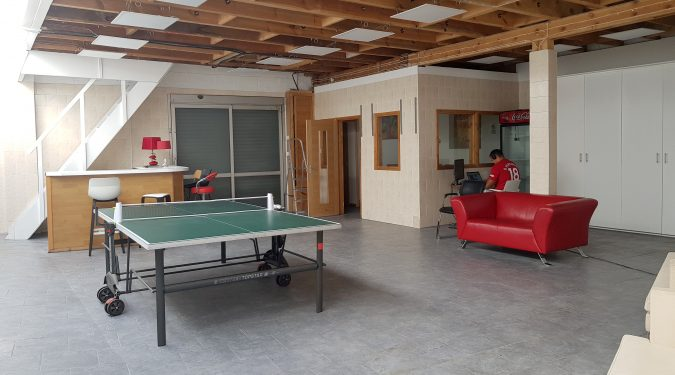   NW10_Willesden   2000 sq ft live work style warehouse conversion to rent, with huge open area and 4 rooms