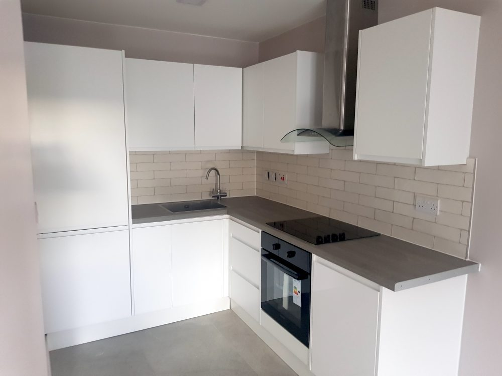 E17 Oakfield 3 Bed Flat Pic 34