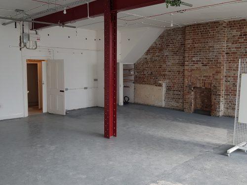Huge light indurstrial unit to rent in E9 Belsham Street Pic6