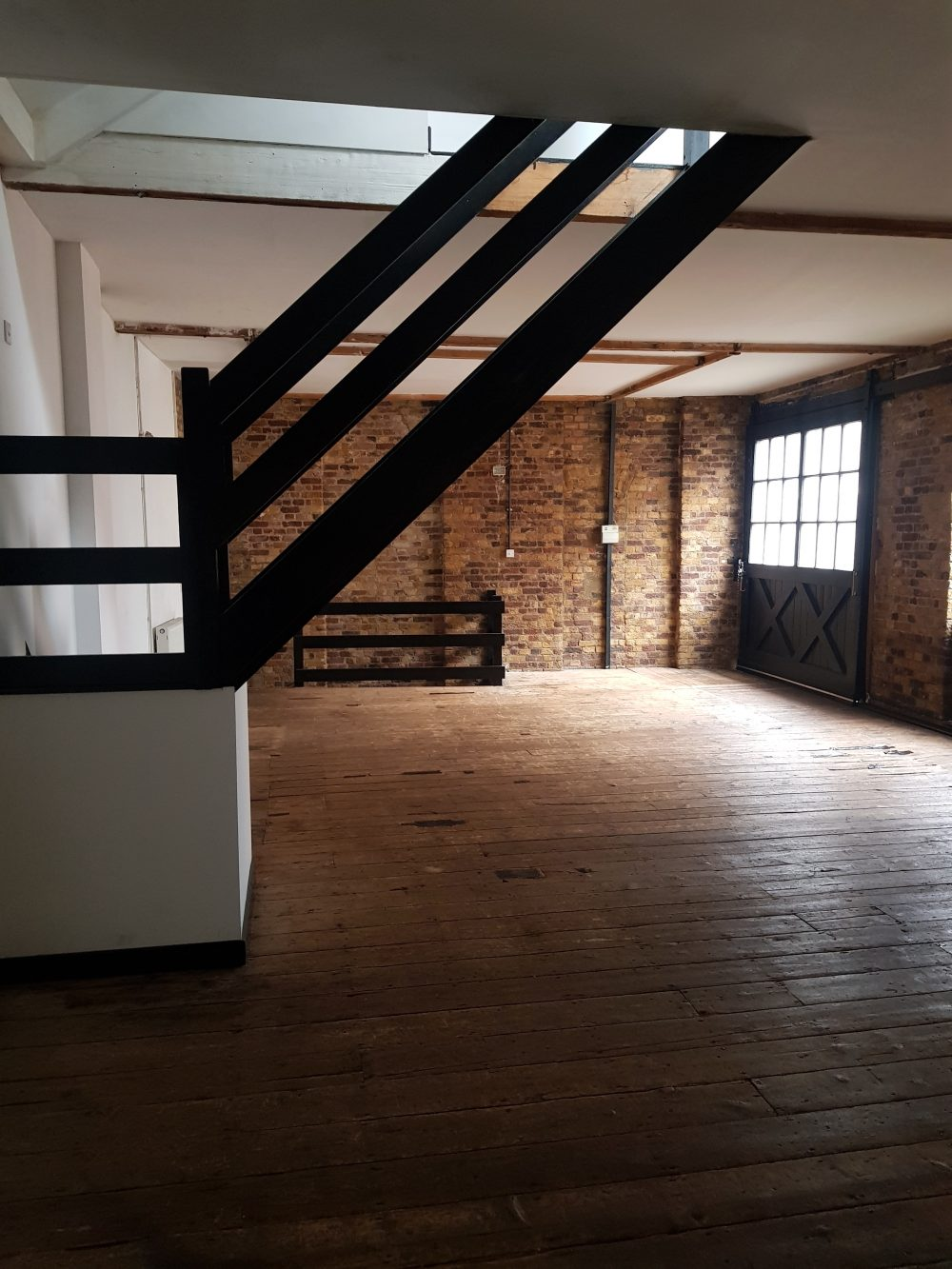 Live Work Unit to rent in E1 Limehouse – East London Pic11