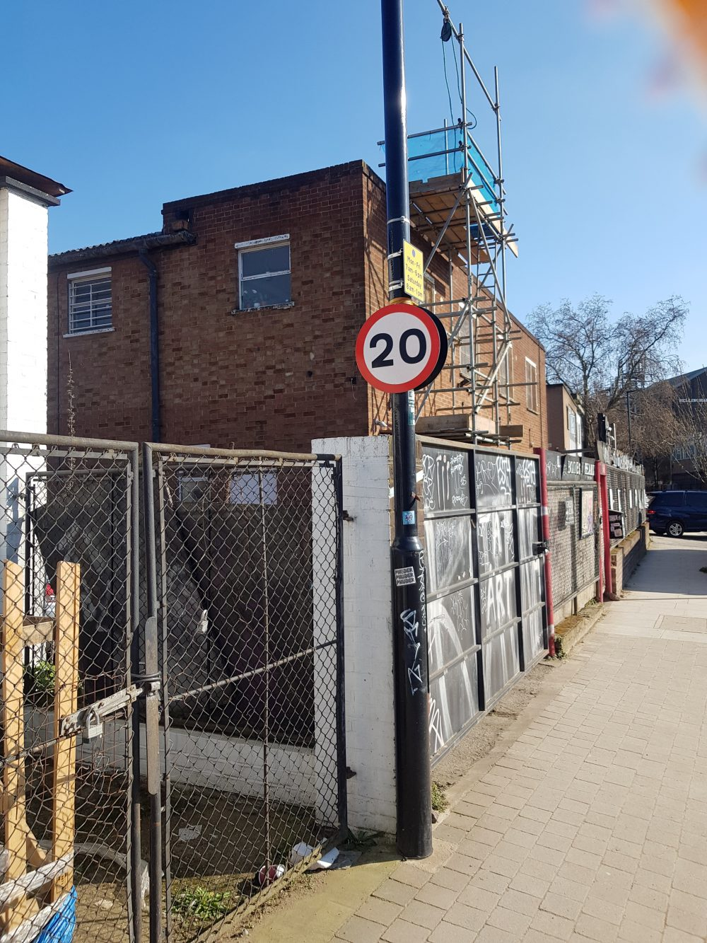Creative studio to rent in N15 Markfield Road Pic35