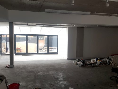 Huge light indurstrial unit to rent in E9 Tudor Grive Enter price House Pic4