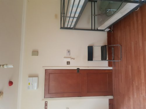 Open Plan Studio Flat to rent in N15 Manor House Pic 18