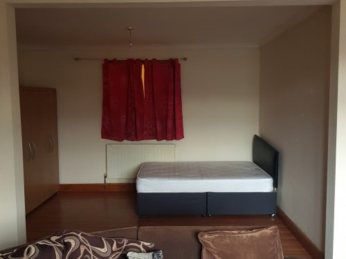 Open Plan Studio Flat to rent in N15 Manor House Pic 26