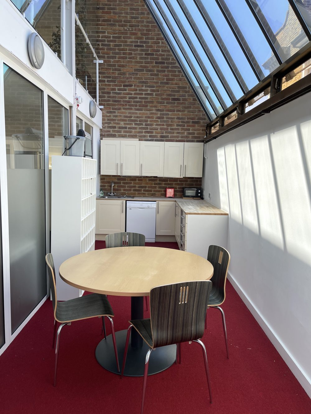 Creative Office Studio available to rent in Kennington SE11 Pic25