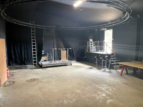 Huge Artist Studio Available To rent in E3 Hackney Wick Autmn Street Pic8