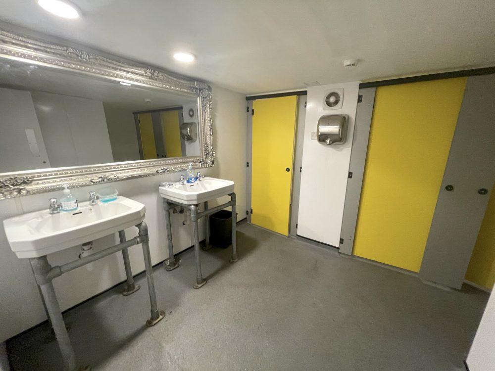 Huge Artist Studio Available To rent in E3 Hackney Wick Autmn Street Pic20