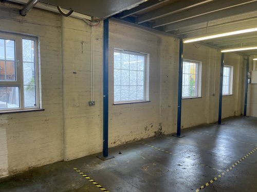 Light industrial Warehouse Space To Rent In N4 Manor House Florentia Clothing Village Nik Nak Cottage Pic11