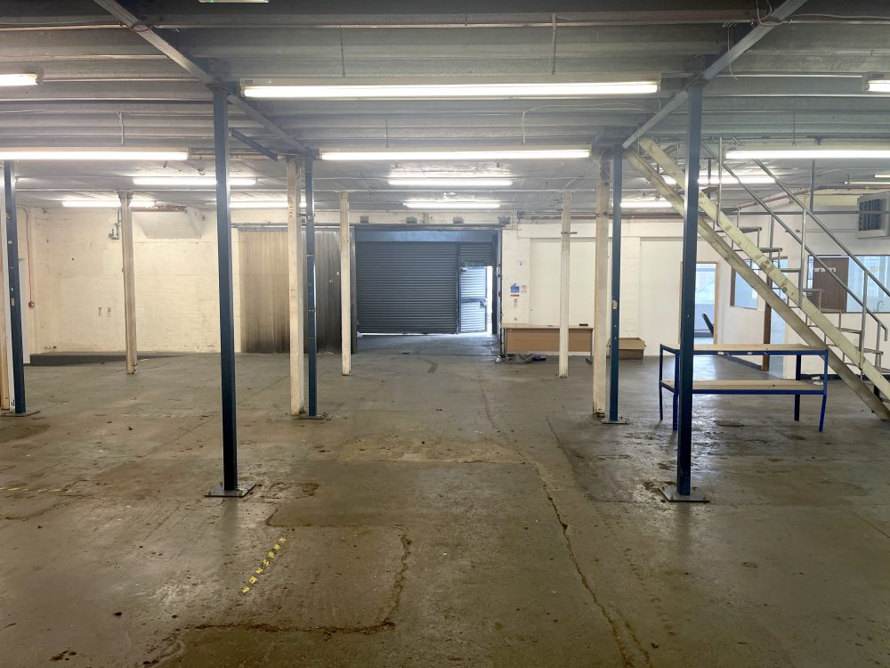 Light industrial Warehouse Space To Rent In N4 Manor House Florentia Clothing Village Nik Nak Cottage Pic14