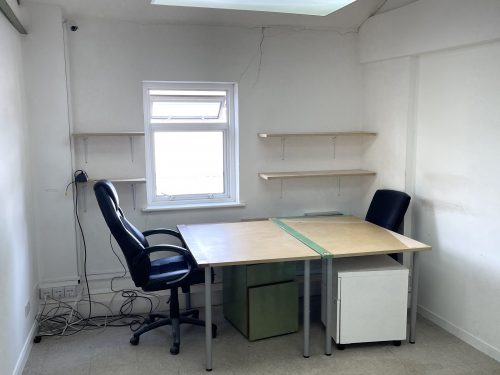 Studio Available to rent in N16 Green Lane Pic7