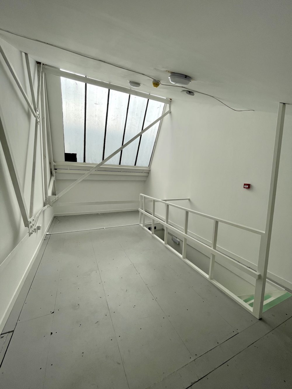 Studio Available to rent in N17 Mill Mead rd U5 Pic13