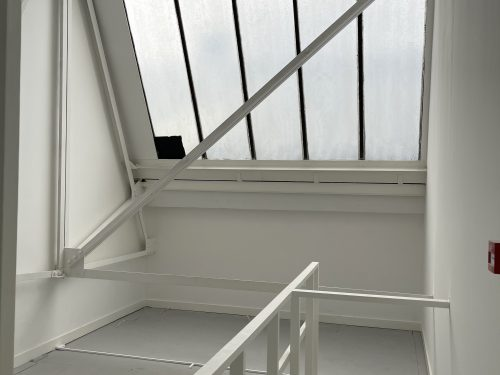 Studio Available to rent in N17 Mill Mead rd U5 Pic16