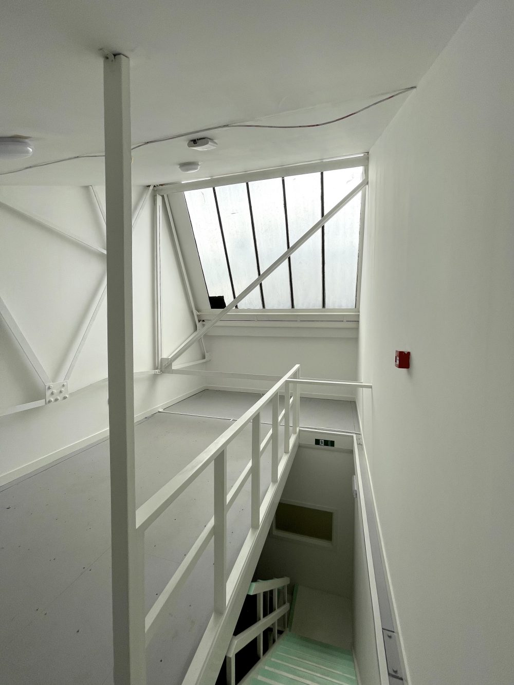 Studio Available to rent in N17 Mill Mead rd U5 Pic17