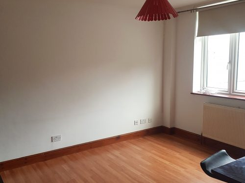 2 Bed Flat to rent in N15 Manor House Pic 1