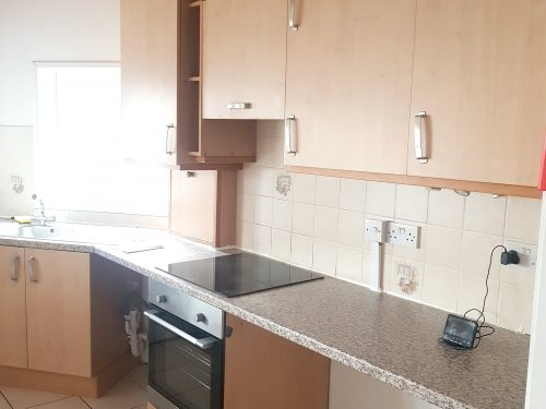 2 Bed Flat to rent in N15 Manor House Pic 12