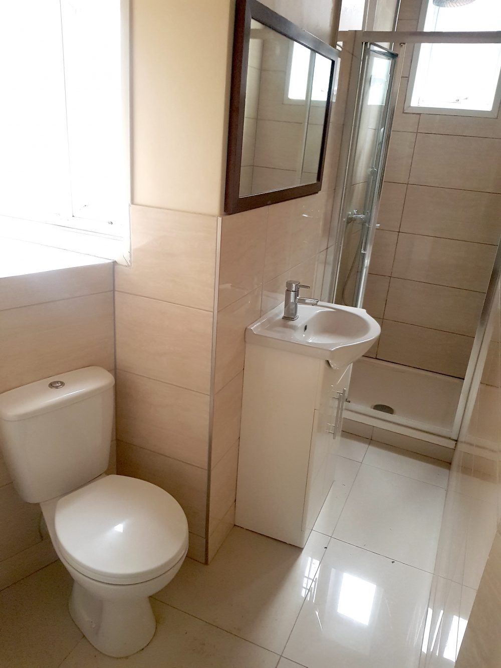 2 Bed Flat to rent in N15 Manor House Pic 17