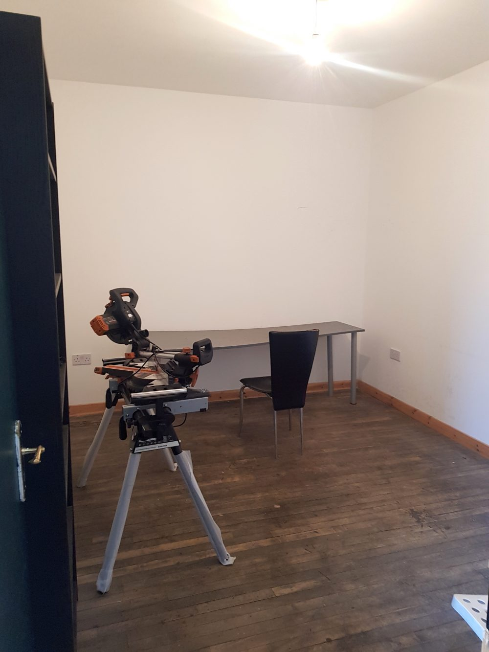 Light indurstrial unit to rent in N15 Markfield rd Gaunson House Studio B and C PIc1
