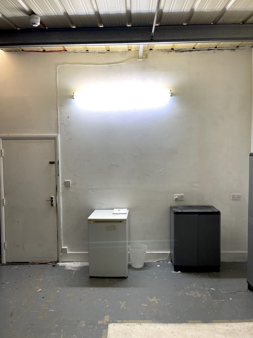Light indurstrial unit to rent in N16 Stoke Newington Shelford Place PIc3