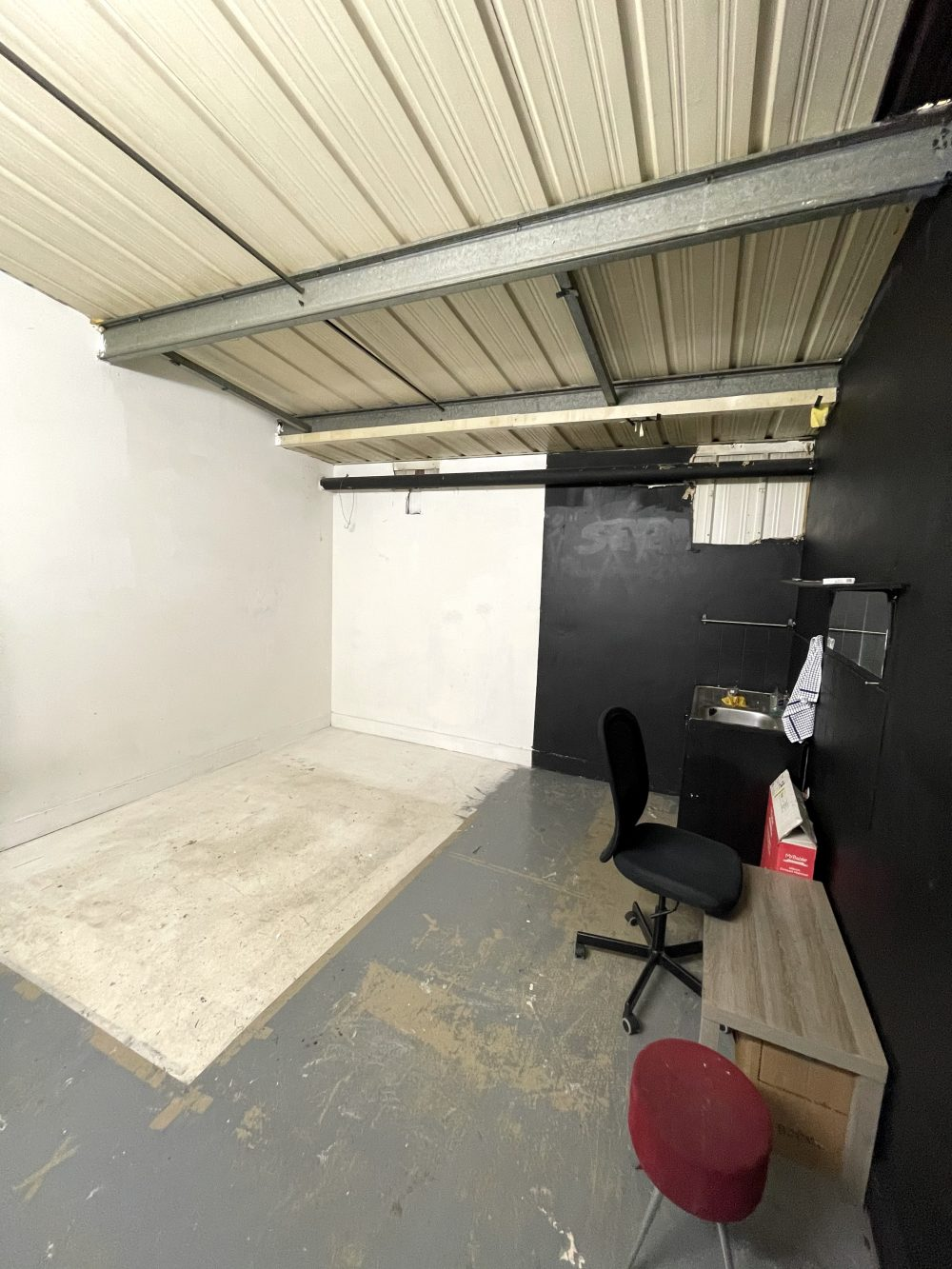 Light indurstrial unit to rent in N16 Stoke Newington Shelford Place PIc5