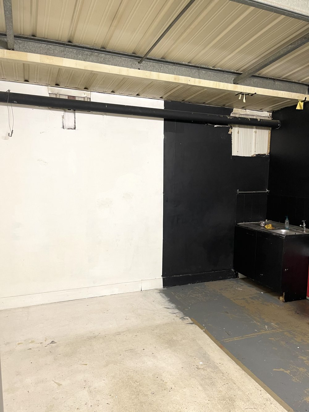 Light indurstrial unit to rent in N16 Stoke Newington Shelford Place PIc9