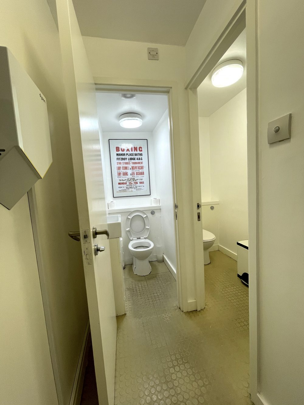 Creative Office Studio available to rent in Kennington SE11 Pic2