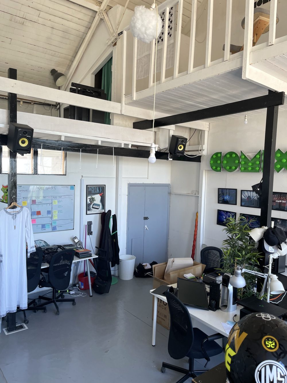 Live Work Style Warehouse Studio to rent in EN5 High Barnet Alston Works Pic8