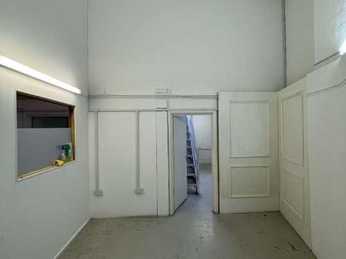 Creative Art Studio Available To rent in E9 Homerton London Pic7